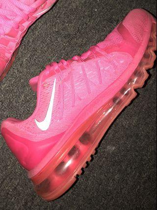 Hot pink NIKE Airmaxs!!!