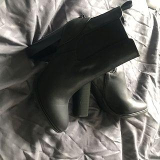 Princesspolly boots