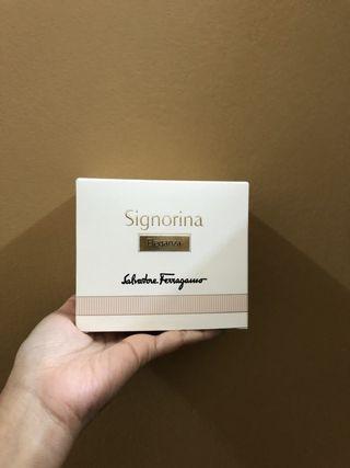 Sf signorina parfume