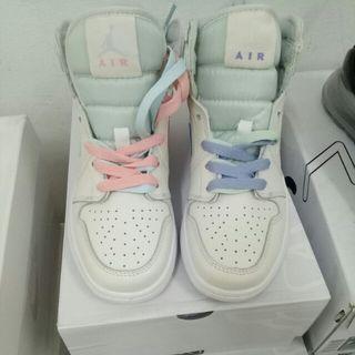 Air Jordan one 鴛鴦鞋