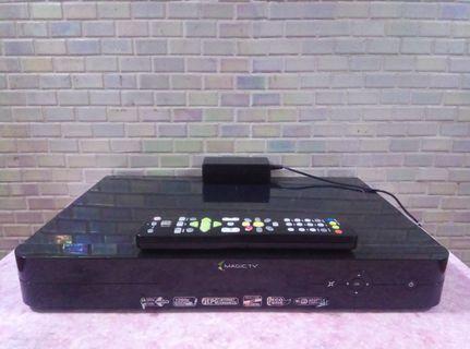 MAGIC TV(MTV-7000D)內置1TB高清機頂盒連原裝搖控及火牛