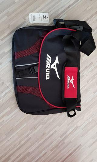 Mizuno messenger bag
