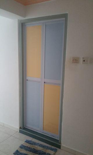 Toilet Bifold Door