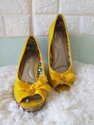 Sepatu wanita deflex comfort payless