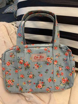 Authentic & 10/10 condition | Cath Kids Bag