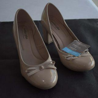 Payless Comfort Plus Close Doll Shoes Nude