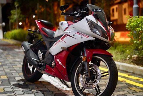 2013 Yamaha R15 V2