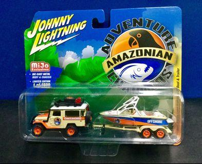 Johnny Lightning Toyota Land Cruiser with Boat