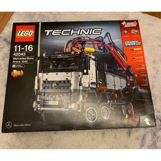 Mercedes-Benz Arocs 3245 (Brand New Unopened, Creased Box, Discontinued Model)