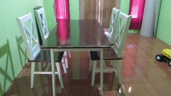 Set meja kursi makan