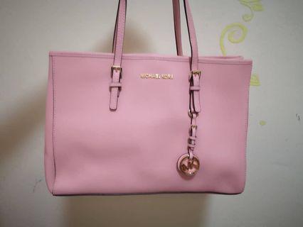 {BN} Michael Kors Shoulder Bag