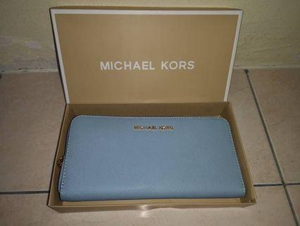 {BN} authentic Michael kors wallet