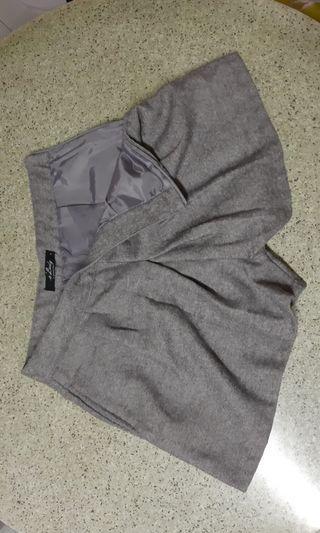二手 灰色 短裙