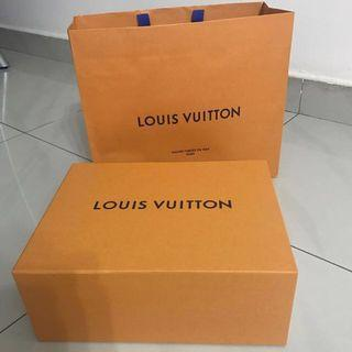 dcb541fa759 Louis Vuitton LV Gucci Fendi Balenciaga YSL Yves Saint Laurent Box