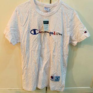 BNWT champion white rainbow script logo tee shirt authentic