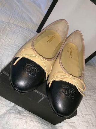 Luxury CC ballet flats size 9