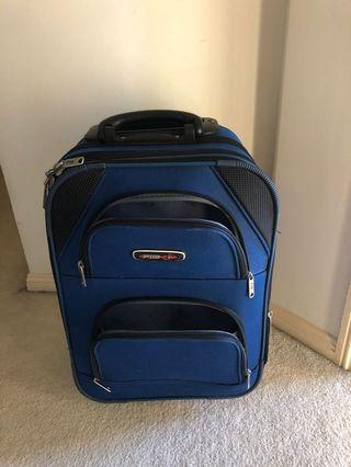 Carry-on luggage bag