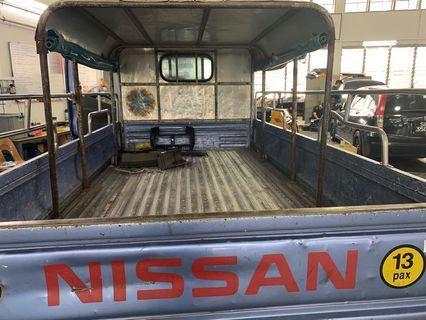 Car air con service Nissan cabstar F24 replace evaporator cooling coil