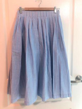 🚚 Brand new Giordano ladies skirts in size 02