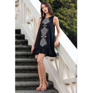 The Closet Lover (TCL) Alissa Embroidered Dress in Black S