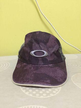 Oakley trucker cap