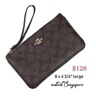 READY STOCK -AUTHENTIC - NEW Coach LARGE WRISTLET IN SIGNATURE (COACH F58695)