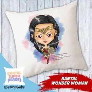 Bantal Wonder Woman