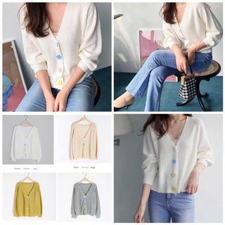 韓國貝殼釦V字針織外套 Korean shell buckle V-knit jacket