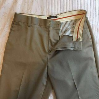 🚚 BRAND NEW! Dockers Trousers, Model D3, 100% Fine Cotton