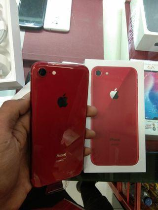 Kredit iPhone 8 red