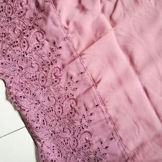Telekung Soft Pink Lace Detail