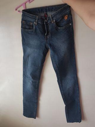 Pre loved RRJ Dark Blue Skinny Jeans Size 25
