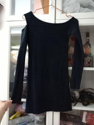 🚚 全新韓國購入正韓黑色棉質單邊露肩上衣