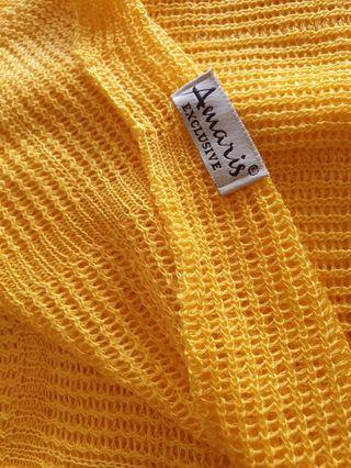 Amaris yellow Knitted wide shawl rm15 NEW