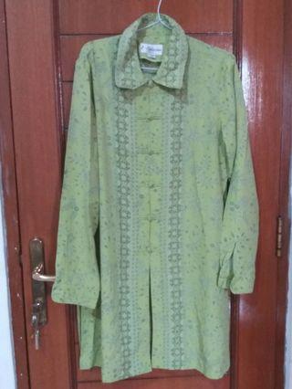 Setelan Blus dan celana batik hijau pupus