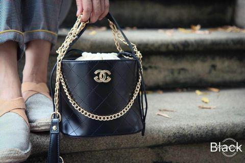 Chanel drew Handbag