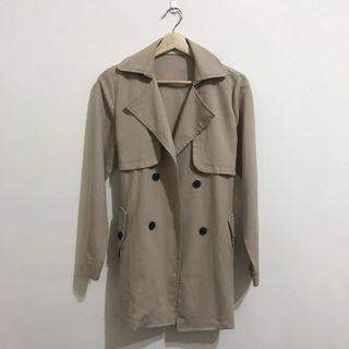 中長版風衣外套 #半價衣服拍賣會