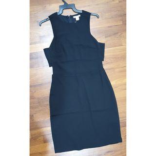 🚚 H&M Cocktail Dress in Black