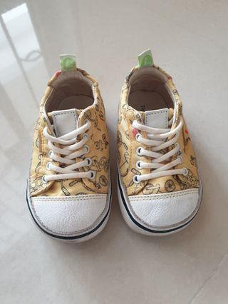 Tip Toey Joey Shoes