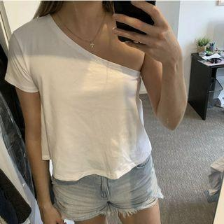 One shoulder t-shirt size 8