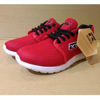 🚚 Spanish ROX lightweight running shoes US6