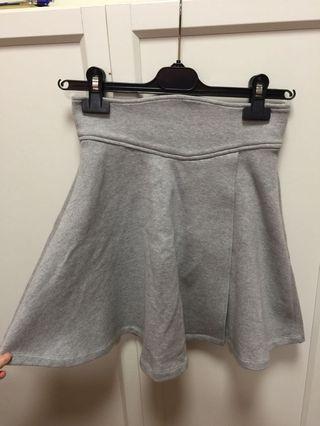 日原單中灰色棉質半截裙(需打底)
