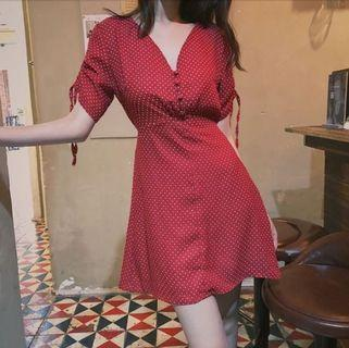 Red dotted dress v neck pull string A line dress