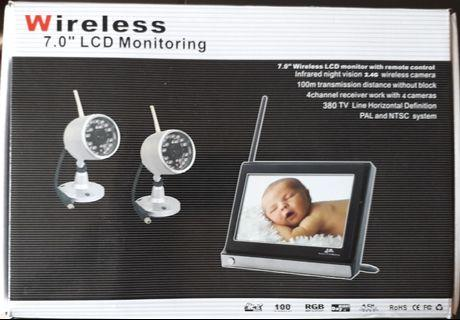 "Wireless 7.0"" LCD Monitoring with remote control Infrared night vision 2.4G wireless camera 4 channel receiver to work up to 4 cameras"