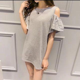 韓版露肩純色短袖簡約荷葉袖寬鬆顯瘦連身中長版T恤#半價衣服拍賣會