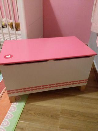 Kids storage chest and bench 玩具儲物櫃/座椅