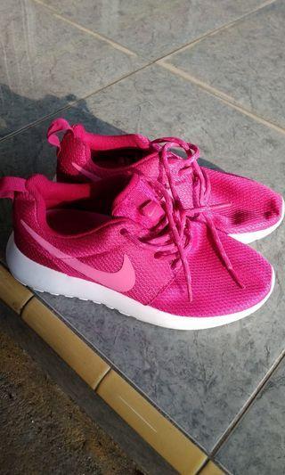 (open barter)Nike Roshe Run original