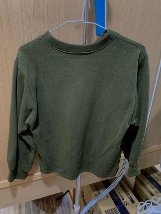 🚚 墨綠色衣 #半價衣服特賣會