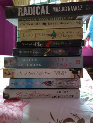 🚚 Books
