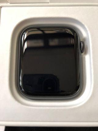 🚚 WTT Apple Watch Series 4 44mm